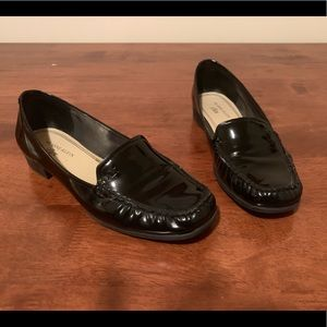 Anne Klein | Black Patent Leather Loafer Flats